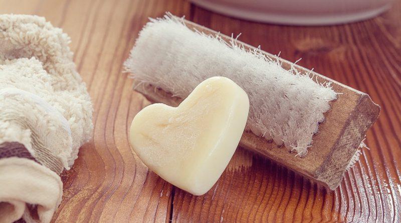 Come pulire una piastra per panini in modo efficace 1
